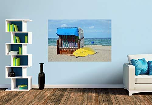 Premium Foto-Tapete Strandkorb und gelbes Surfbrett am Strand (versch. Größen) (Size S | 186 x 124 cm) Design-Tapete, Wand-Tapete, Wand-Dekoration, Photo-Tapete, Markenqualität von ERFURT