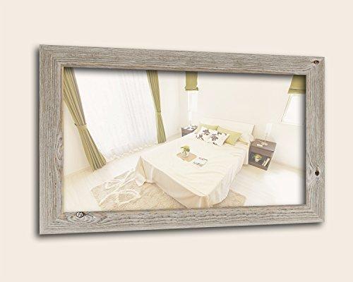 WANDStyle Spiegel im Landhaus Stil I Außenmaß: 68x88cm I Farbe: Eiche (Optik) I Wandspiegel aus Holz I Made in Germany I H770