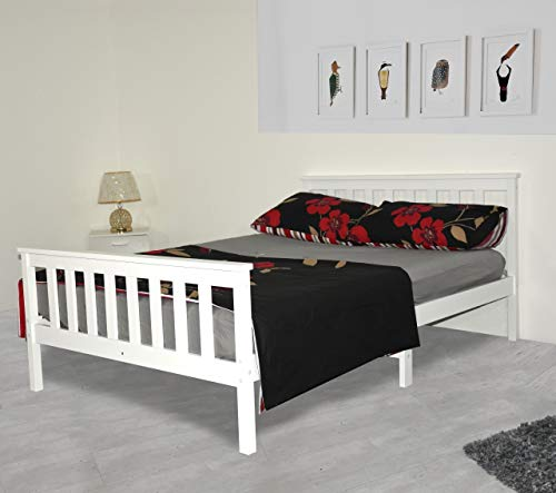 Small Double Bed In White 4Ft So...