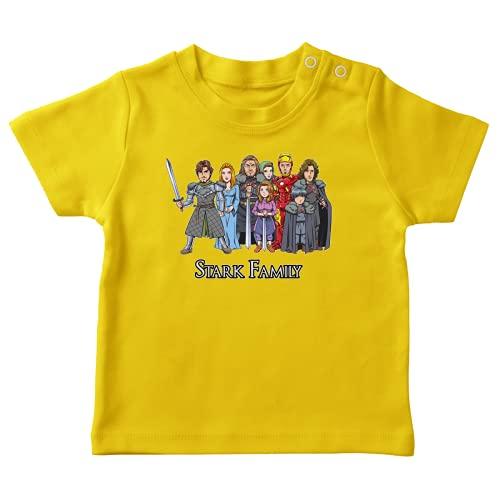 Maglietta Gialla bebè parodia Iron Man - Il Trono di Spade - Eddard, Catelyn, Robb, Sansa, Arya, Brian, Rickon e Tony Stark (Robert Downey Jr Caricature) - (T-shirt di qualità premium in taglia