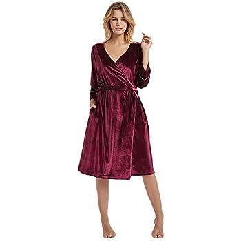 HEARTNICE Women Velvet Robes Soft Kimono Robe Bride Bridesmaids Bathrobe for Wedding Party Loungewear  Burgundy L