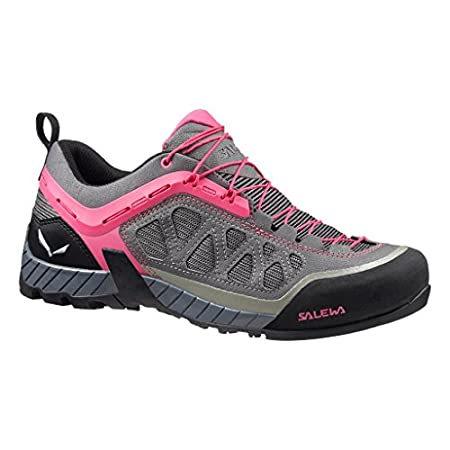 Top 10 Best Hiking Shoes for Women 19