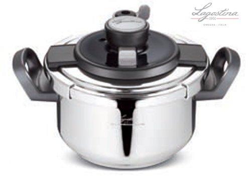 Idea cucina: PENTOLA A PRESSIONE LAGOSTINA CLIPSÒ 6lt con fondo a INDUZIONE diametro 22cm. CESTELLO e RICETTARIO INCLUSI