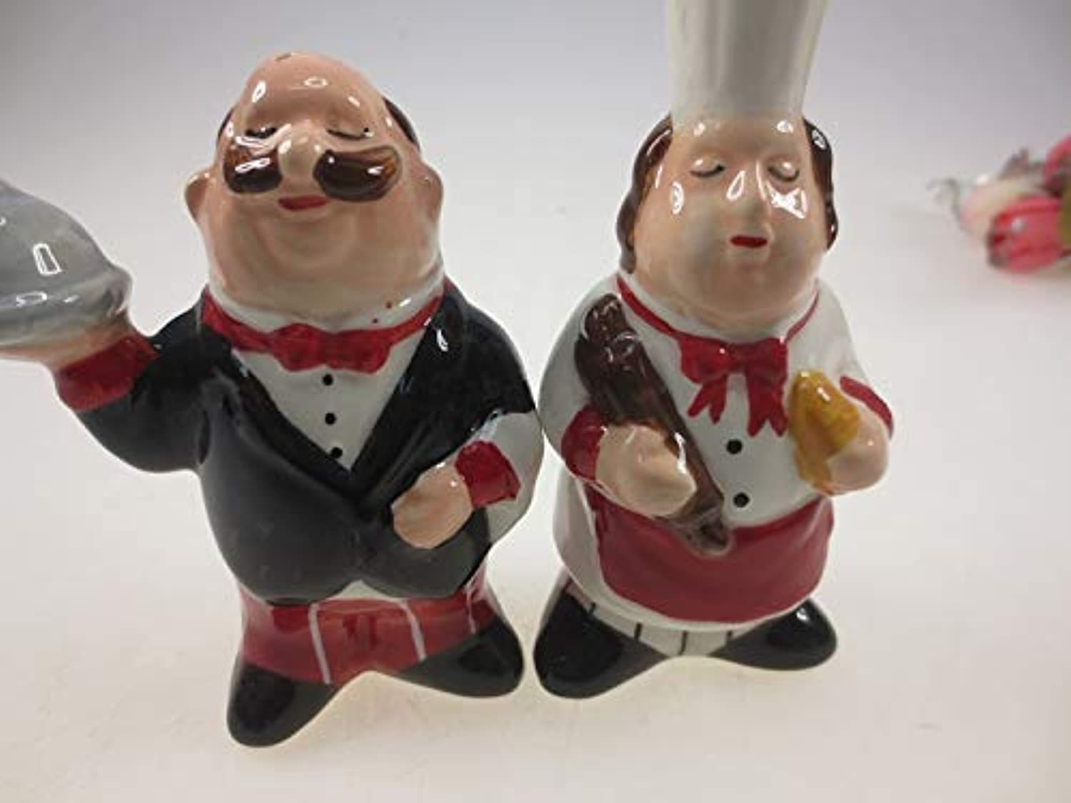Pure Hand Painting Cook Series Ceramic Salt and Pepper shakers Set   Cook