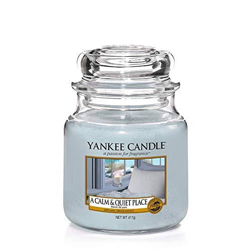 Yankee Candle mittelgroße Duftkerze im Glas, A Calm and Quiet Place, Brenndauer bis zu 75Stunden