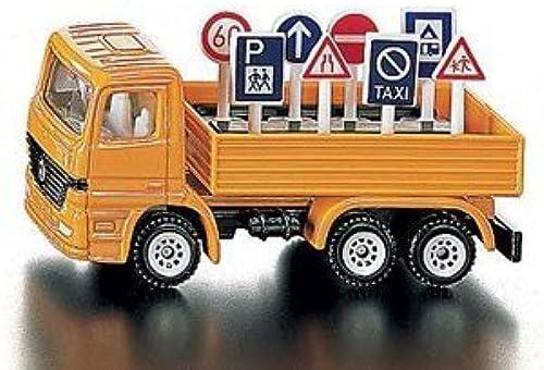 SIKU Super Road Maintenance Lorry by AlphaToys