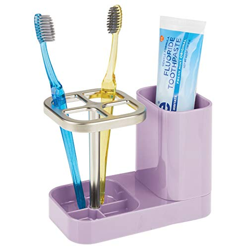 mDesign Soporte para cepillo de dientes – Ideal porta cepillo de dientes con vaso para pasta dental – Accesorios para el baño en plástico para hasta 4 cepillos dentales – violeta claro y plateado mate