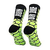 PERRO LOCO CLOTHES Calcetines compresivos de Running con Refuerzo en Puntera, prepuntera y talón. Edición Limitada. (Run OR Die Verde, 43-45)
