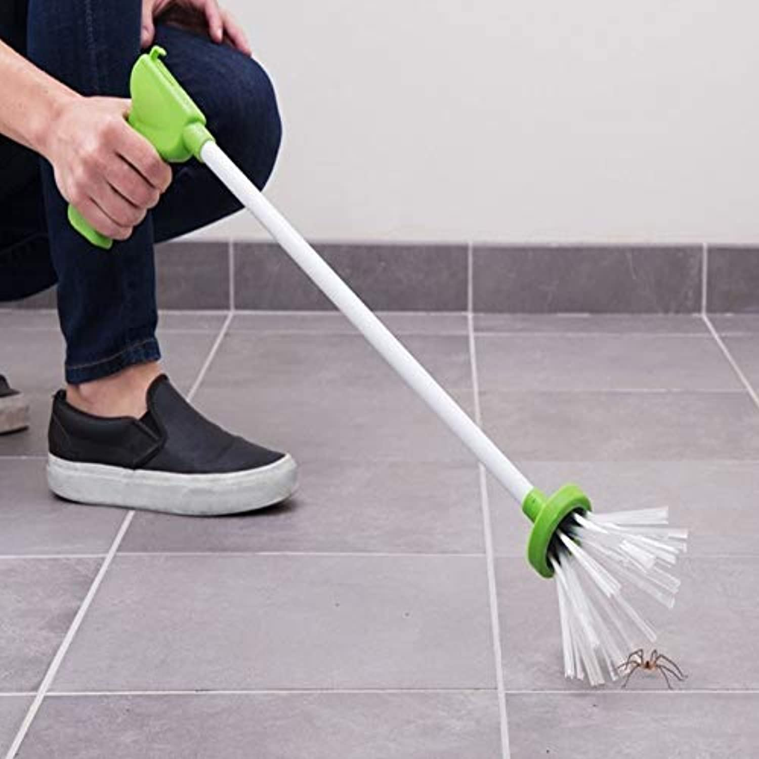My Critter Catcher Long-Handled Insect Grabber Travel Eco Friendly Catch & Release Spiders and Insects Pest Control Garden Supp