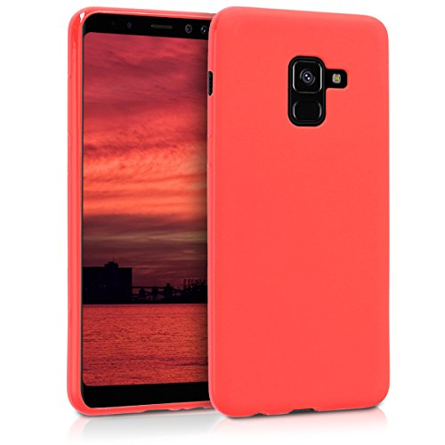 kwmobile Coque Compatible avec Samsung Galaxy A8 (2018) - Housse de téléphone Protection Souple en Silicone - Rouge Mat