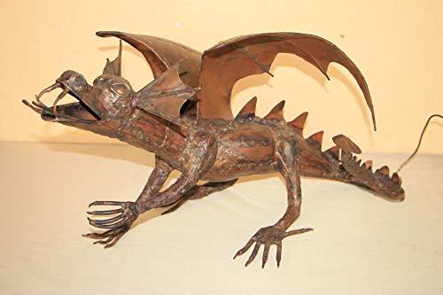 Großer Kupfer-Drachen, feuerspeiend