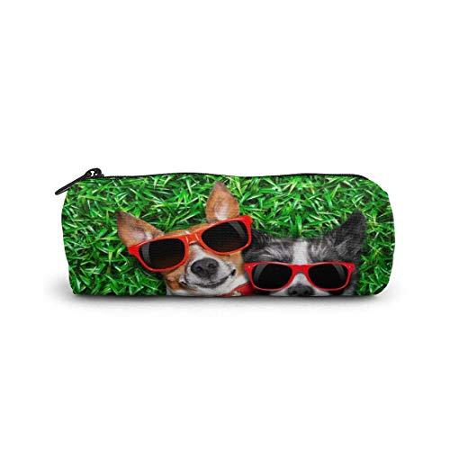 Estuche para lápices/bolsa de cosméticos AOOEDM, dos perros, gafas de sol rojas sobre lienzo de prado verde, papelería, elegante y simple bolso para lápices