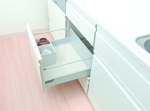 システムキッチンの引き出し内でのお茶碗収納に活躍してくれる食器ケース。お茶碗を積み重ねた状態で引出し内に収納できるので、システムキッチンの大きな引出し内をすっきり整えてくれます。