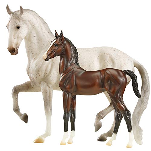 Breyer Traditional Series Favory Airiella Gift Set | 2 Horse Set | Horse Toy Model | 1:9 Scale | Model #1827