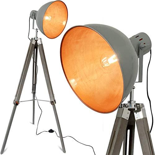 mojoliving® Retro Stehlampe Wohnzimmer mit Emaille Lampenschirm und Dreibein Holz Stativ Deko Tripod Industrial Design Stehleuchte in Vintage Grau Gold