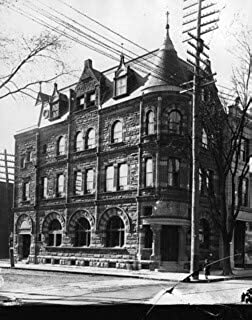 HistoricalFindings Photo: West End Branch Bank of Montreal, QC, About 1895