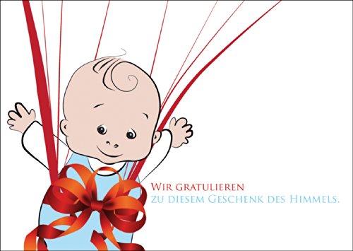 Mooie babykaart/wenskaart voor de geboorte van een jongen met een baby boy in grote strik: wij feliciteren met dit cadeau van de hemel. • Rechtstreekse verzending met uw tekst op inlegger • Liefdevolle welkomstkaart voor de geboorte.