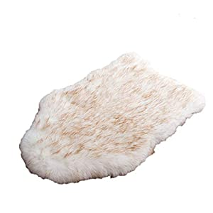 laamei Dog Bed Mat, Orthopedic Dog Bed, Deluxe Dog Crate Pad Ultra Soft Durable Self Warming Kennel Mattress for Dogs and Cats Premium Faux Sheepskin Rug Fur Throw Cover X-Large Cream