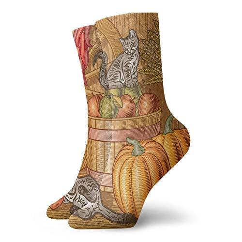 Chaussettes courtes mi-mollet rétro avec deux chatons, citrouilles, poivrons séchés et pommes dans un panier de blé - Chaussettes pour homme et femme - Idéales pour la course à pied