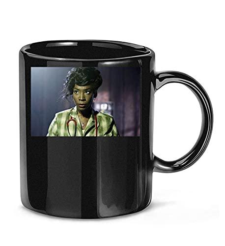 N\A Enfermera Rita (Angelica Ross) en American Horror Story 1984 Temporada 9 Película 4 Taza de café para Mujeres y Hombres Tazas de té
