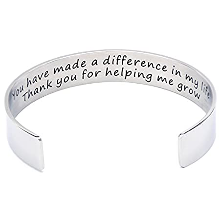 Looking for a fabulous teacher Christmas gift? Sweet bracelet is the perfect way to let a favorite teacher know what a difference she's made in your life!