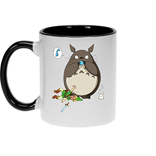 Okiwoki Mug avec Anse et intérieur de Couleur (Noir) - Parodie Zelda - Totoro et Link - Ni Vu ni connu. (Mug de qualité supérieure - imprimé en France)
