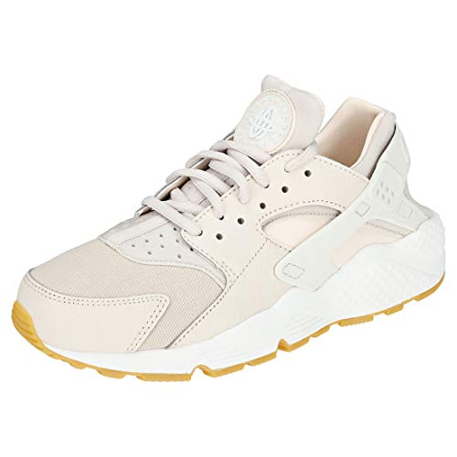 Nike Women's Air Huarache Competition Running Shoes, Beige (Desert Sand/Summit White/Guava 034), 3 UK