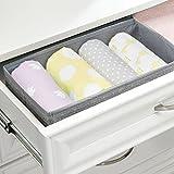 mDesign 4er Aufbewahrungsboxen Set – Graue Aufbewahrungsboxen Kunststoff – Kinderschrank Schubladen Organizer für Kleidung, Kosmetik, Windeln, Tücher, Lotion, Medikamente - 3
