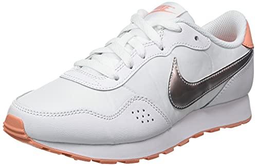 Nike MD Valiant BG, Zapatillas Deportivas, White Mtlc Silver Crimson Bliss, 40 EU