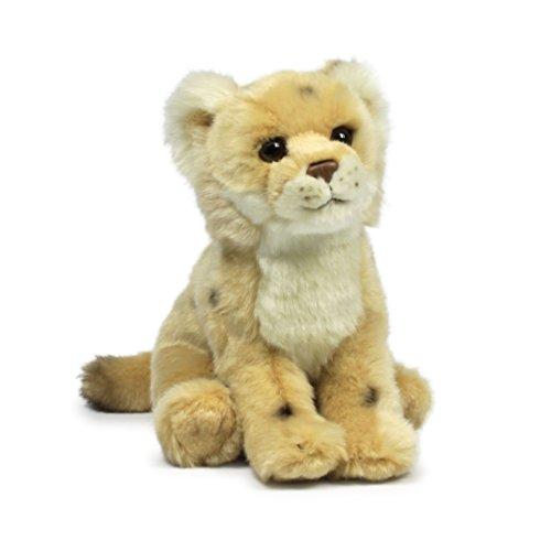 WWF Plüsch Kollektion WWF16979 - Plüschfigur Löwin Sitzend 23 cm, Plüschtiere