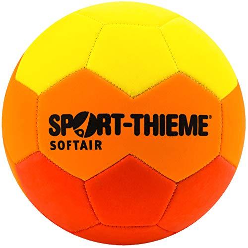Sport-Thieme Soft-Fußball Softair | Weich, Leicht, Robust, ideale Sprungeigenschaften | Für Kinder & Training | Gelb-Orange-Rot | Eva Schaumstoff | Umfang 65 cm | 160 g | Markenqualität