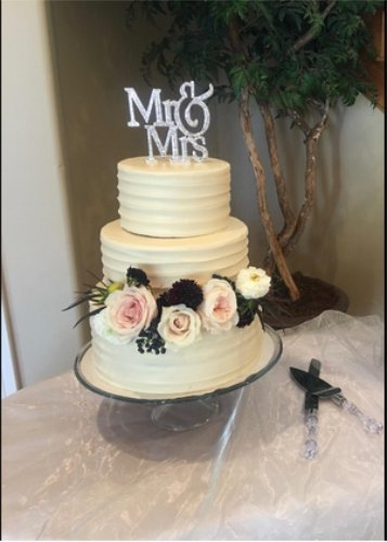 1 X Mr & Mrs Monogram Silhouette Rhinestone Wedding Cake Topper Decoration with Crystals - Formal Font