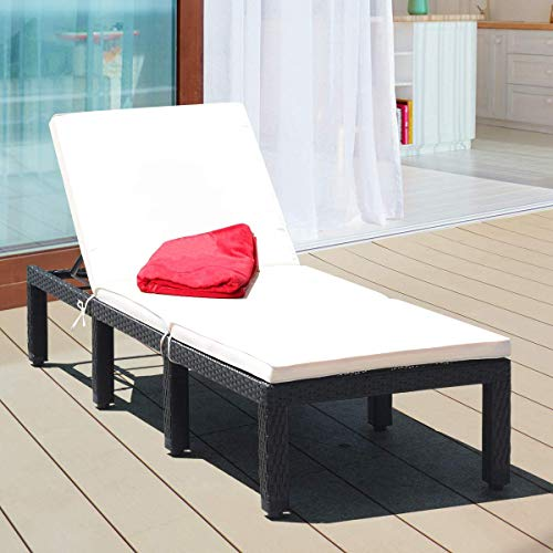 LUARANE Patio Wicker Lounge Chair, Outdoor Rattan Reclining Chair, Adjustable Backrest Chaise Lounger, Removable Cushion, Waterproof Cover, Ideal for Poolside Garden Backyard (Beige)