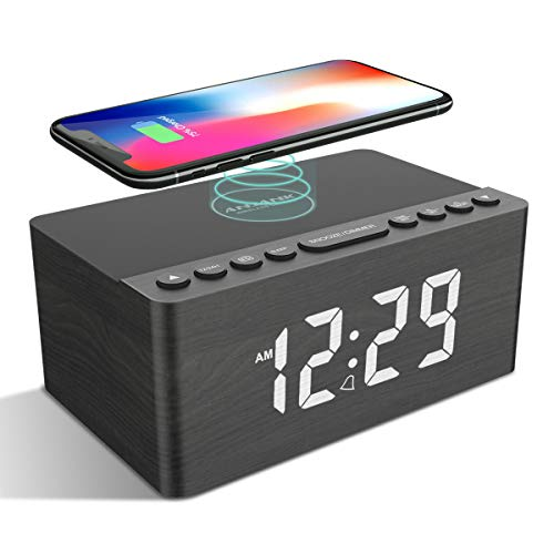 ANJANK Radiodespertador digital con carga inalámbrica, 10 W, cargador rápido inalámbrico para iPhone y Android, cargador USB y pantalla LED regulable, funcionamiento con red, altavoz, madera (gris)