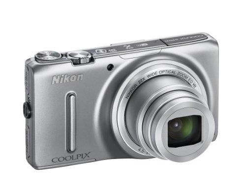 Nikon Coolpix S9500 Digitalkamera (18 Megapixel, 22-fach opt. Zoom, 7,6 cm (3 Zoll) OLED-Display, Bildstabilisator) silber