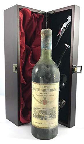 Chateau Saint Christoly 1971 Medoc in einer mit Seide ausgestatetten Geschenkbox, da zu 4 Weinaccessoires, 1 x 750ml