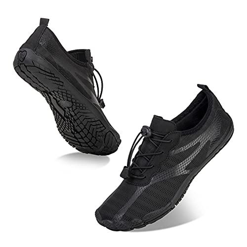 Chaussures Aquatiques pour Hommes et Femmes sécher Rapidement Chaussures de Plage Outdoor & Indoor Chaussures de Sport Randonnée Escalade Marche Barefoot Shoes,001 Noir,45 EU