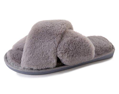 (リアルス)Real ルームシューズ レディース スリッパ あったか かわいい おしゃれ キャラクター 室内 履き 冬 ふわふわ もこもこ 柔らか 防寒 保温 軽量 洗える