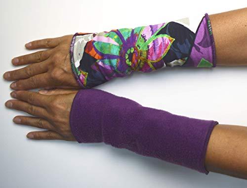 Stulpen Armstulpen Handstulpen WendeStulpen Handschmuck Fleece Jersey violet Blumen