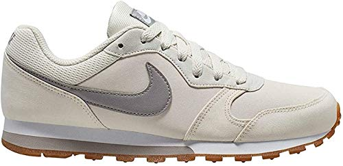 Nike Damen MD Runner 2 SE Sneaker, Grau (Phantom/Atmosphere Grey-Gum Li 106), 39 EU