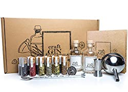 Craft Gin & Cocktails Set/Gin zum Selbermachen / 12 Hochwertige Botanicals + Cocktailset + Rezeptbuch in schöner Geschenkverpackung/Geschenk-Idee für Männer und Frauen/DIY Gin Tonic Baukasten