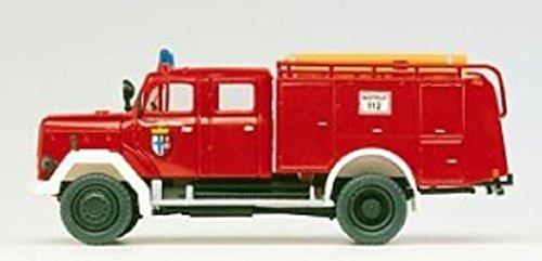 Preiser 1/87th–pr31218–Modelleisenbahnen–Auto Pumpe zu Regentonne