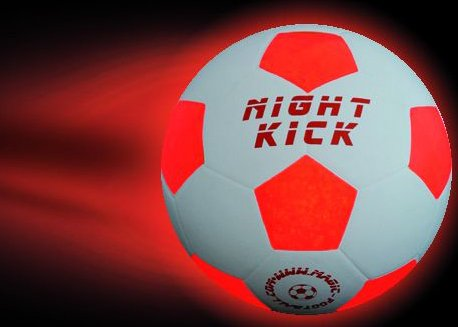 Premium LED GmbH Leuchtfussball Night Kick Junior - der spezielle Kinder Leuchtfussball-Orig.Grösse 3-auch als Handball und für Wurfspiele toll.