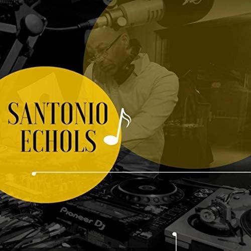 Santonio Echols