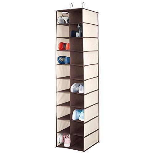mDesign Estantería para colgar con 20 apartados – Organizador colgante grande para la barra del armario – Guarda zapatos para organizar armarios y ahorrar espacio, también para ropa – crema/marrón