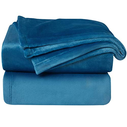 Bedsure Manta para Sofás de Franela 150x200cm - Manta para Cama 90 Reversible de 100% Microfibre Extra Suave, Manta Azul Brillante Transpirable