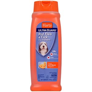 Hartz UltraGuard Plus Flea & Tick Shampoo for Dogs with Soothing Aloe
