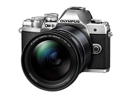 Olympus OM-D E-M10 Mark III Systemkamera (16 Megapixel, 5-Achsen Bildstabilisator, elektronischer Sucher, 4K, WLAN, nur Gehäuse) Silber inkl. M.ZUIKO DIGITAL ED 12‑200mm F3.5‑6.3 Black