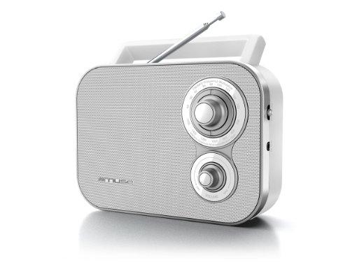 Muse M-051RW tragbares Retro-Radio, UKW und MW, Netz- und Batteriebetrieb, Teleskopantenne, AUX-In, weiß