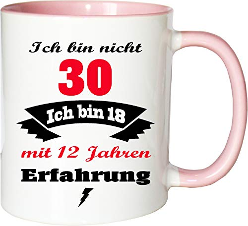 Mister Merchandise Becher Tasse Ich Bin Nicht 30 ich Bin 18 mit 12 Jahren Erfahrung Kaffee Kaffeetasse liebevoll Bedruckt Jung geblieben Alter Kaffeebecher Geburtstagsgeschenk Weiß-Rosa